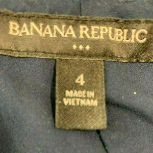 Banana Republic Skirts - Banana Republic Size 4 Women's skirt